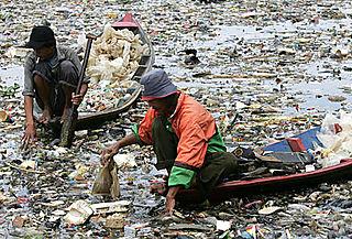Plasticrubbish2R_468x317